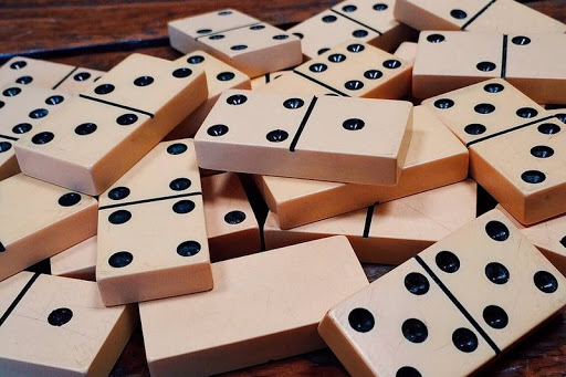 Penyebab orang senang bermain judi bandarqq menurut islam