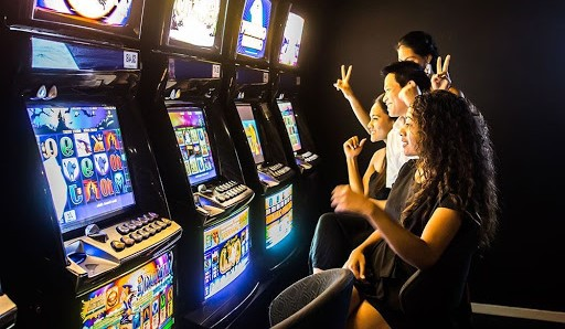 Bermain Slot Online Di Situs Slot Teraman